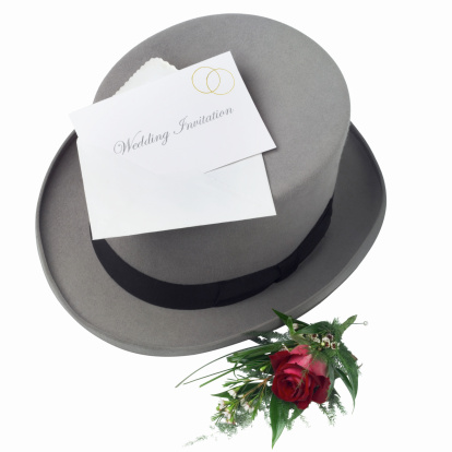 Wedding Invitation「Elevated view of a top hat and rose and a wedding invitation」:スマホ壁紙(1)