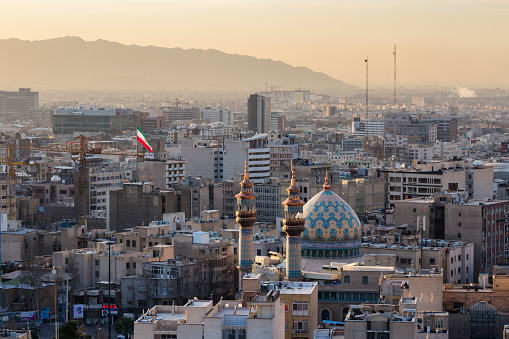Iran「Elevated View of Tehran Towards the South at Sunrise」:スマホ壁紙(7)