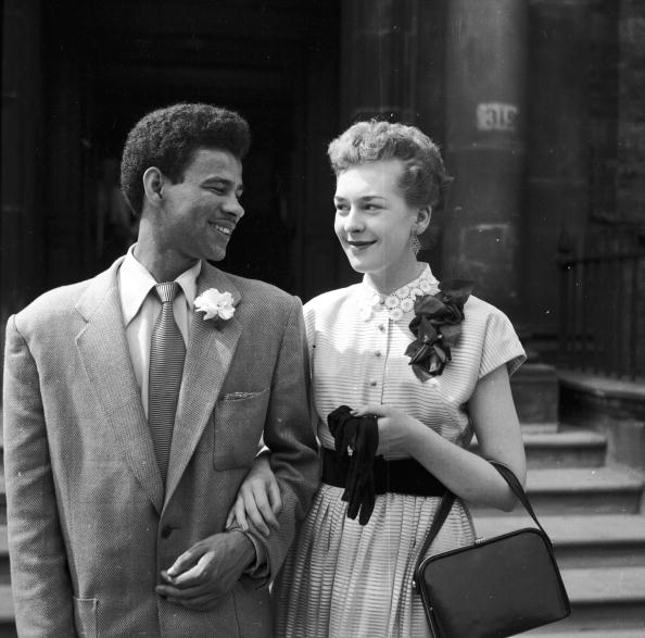 Monochrome「Inter Racial Marriage」:写真・画像(16)[壁紙.com]