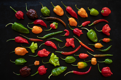 Crown - Headwear「Aerial Table of Hot Peppers stock photo」:スマホ壁紙(4)