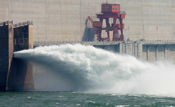 Three Gorges「Three Gorges Dam Project To Be Completed On May 20, 2006」:写真・画像(0)[壁紙.com]