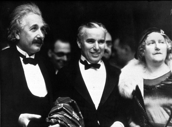 Film Premiere「Chaplin and Einstein at Premiere of 'City Lights'」:写真・画像(11)[壁紙.com]