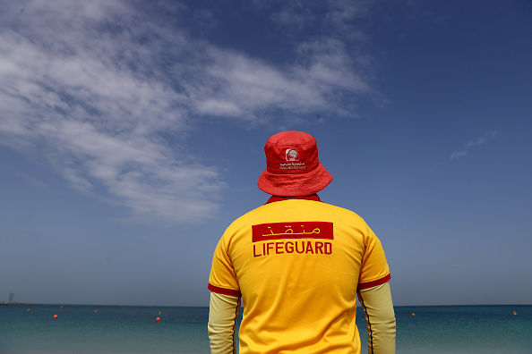 Jumeirah Beach Hotel「Beaches In Dubai To Close Due To Coronavirus」:写真・画像(3)[壁紙.com]