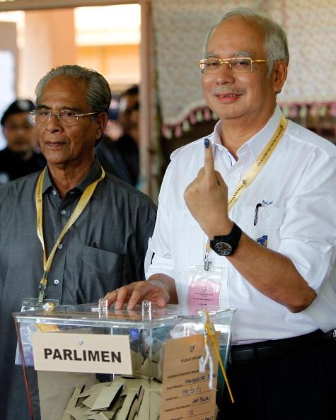 Mohammad Najib Tun Razak「Malaysian's Await Results Of 13th General Election」:写真・画像(16)[壁紙.com]