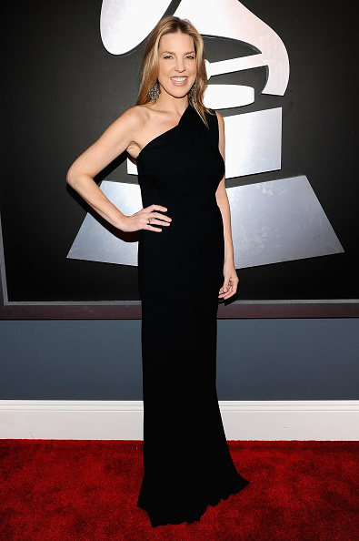 Long Dress「The 54th Annual GRAMMY Awards - Red Carpet」:写真・画像(18)[壁紙.com]