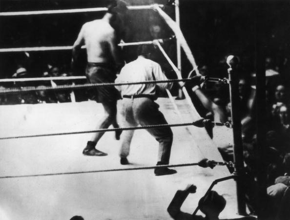 Boxing Ring「Dempsey Leaves The Ring」:写真・画像(19)[壁紙.com]