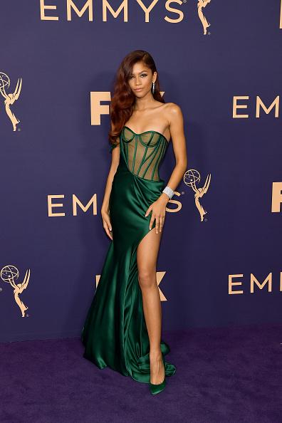 Zendaya Coleman「71st Emmy Awards - Arrivals」:写真・画像(9)[壁紙.com]