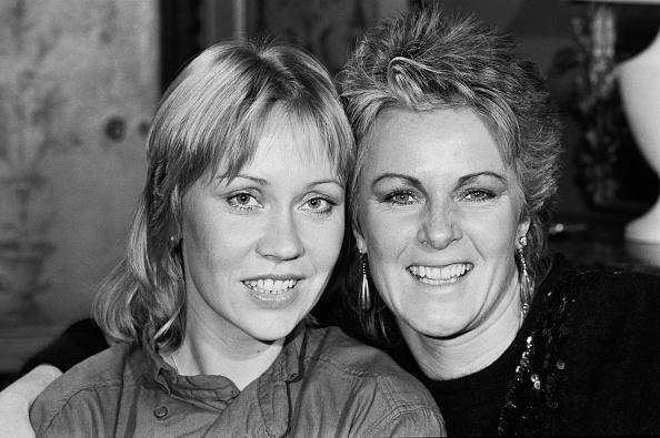 アグネタ フォルツコッグ「Agnetha Fältskog and Anni-Frid Lyngstad」:写真・画像(2)[壁紙.com]