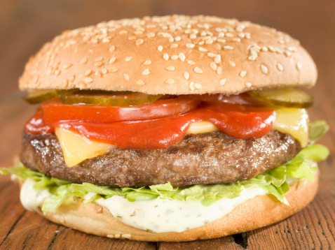Ketchup「Classic burger with cheese and iceberg lettuce, close up」:スマホ壁紙(10)