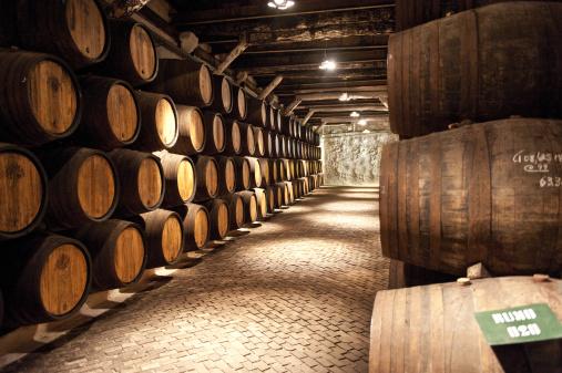Cellar「Sandeman Porto Wine producer, a wine cellar」:スマホ壁紙(19)