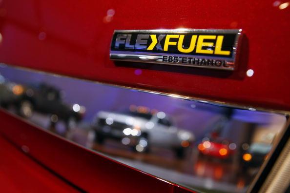 Power Supply「Detroit Auto Show Previews Newest Car Models」:写真・画像(17)[壁紙.com]
