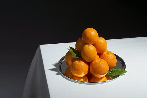 Formalwear「Oranges on serving tray」:スマホ壁紙(15)