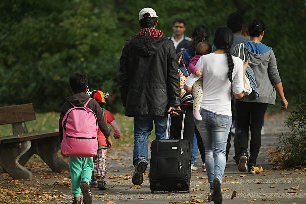 Germany Faces Flood Of Refugees:ニュース(壁紙.com)