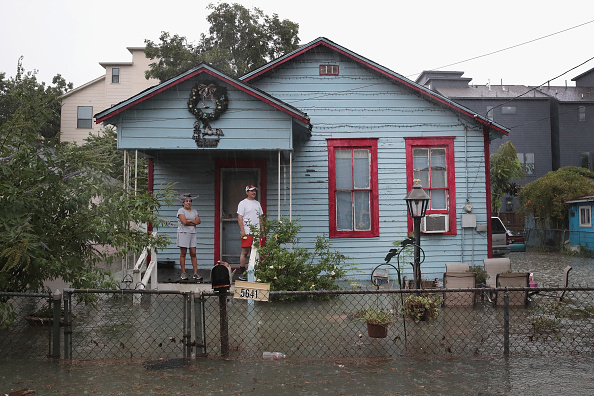 Residential District「Hurricane Harvey Slams Into Texas Gulf Coast」:写真・画像(6)[壁紙.com]