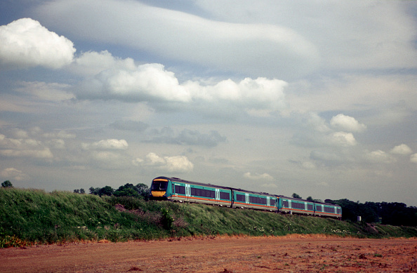 Heart「The Class 170 family of Turbostars is operated by many TOCs including Midland Mainline」:写真・画像(19)[壁紙.com]