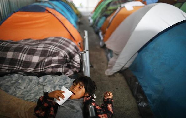 """Baja California Peninsula「President Trump's """"Zero Tolerance"""" Mexico Border Policy Stirs Controversy And Confusion」:写真・画像(12)[壁紙.com]"""