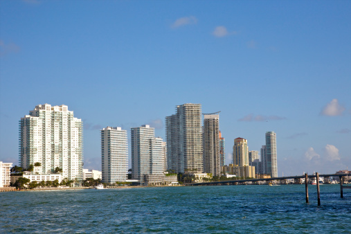 Miami Beach「New residential high rises above blue waters」:スマホ壁紙(18)