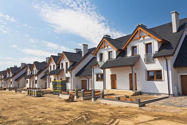 New residential area under construction:スマホ壁紙(壁紙.com)