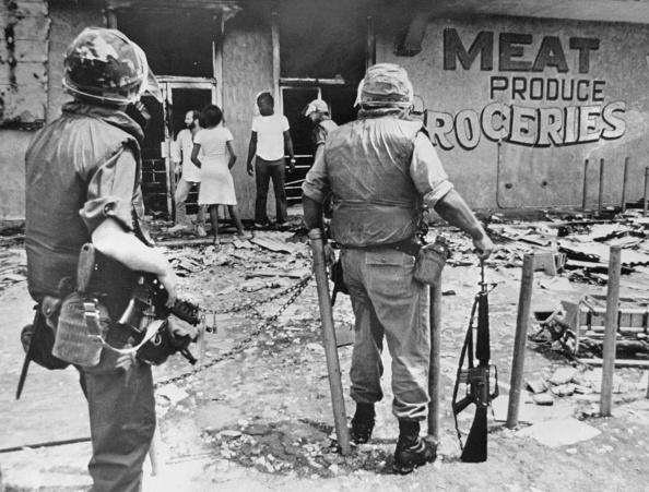 Racial Tensions「1980 Miami Riots」:写真・画像(17)[壁紙.com]