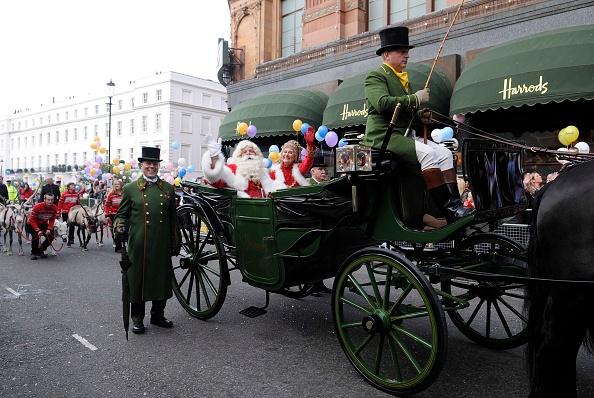 Steve Finn「Harrods 26th Annual Christmas Parade」:写真・画像(0)[壁紙.com]