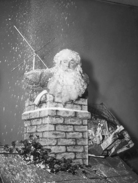Climbing「Santa In Trouble」:写真・画像(18)[壁紙.com]
