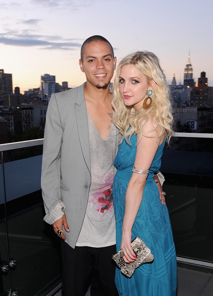 Ashlee Simpson「Launch Of The Jessica Simpson Fall 2013 Campaign Hosted By Ashlee Simpson」:写真・画像(2)[壁紙.com]