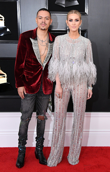 Grammy Awards「61st Annual GRAMMY Awards - Arrivals」:写真・画像(3)[壁紙.com]