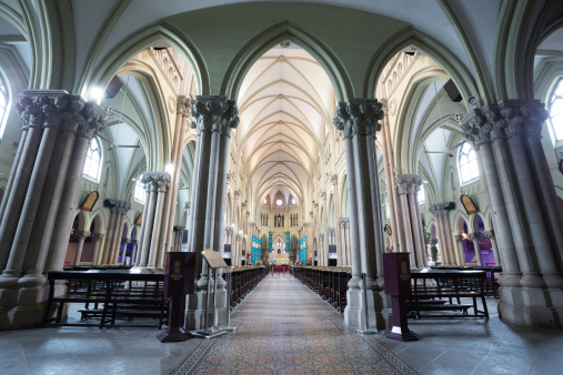 Aisle「Cathedral interior」:スマホ壁紙(18)