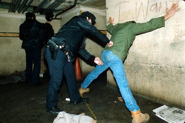 Frisking「NYPD...」:写真・画像(0)[壁紙.com]