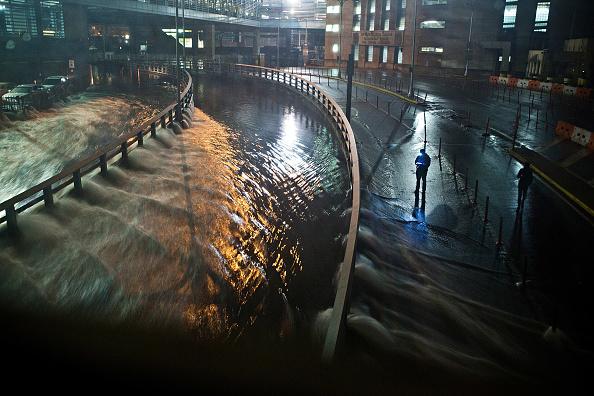 ニューヨーク市「Mid Atlantic Coast Prepares For Hurricane Sandy」:写真・画像(18)[壁紙.com]