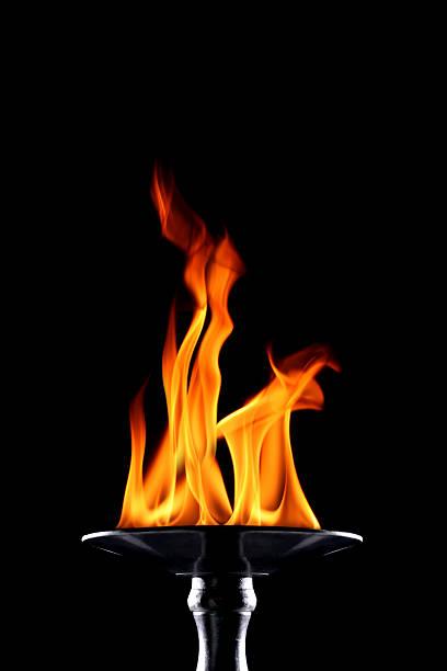 flaming torch:スマホ壁紙(壁紙.com)
