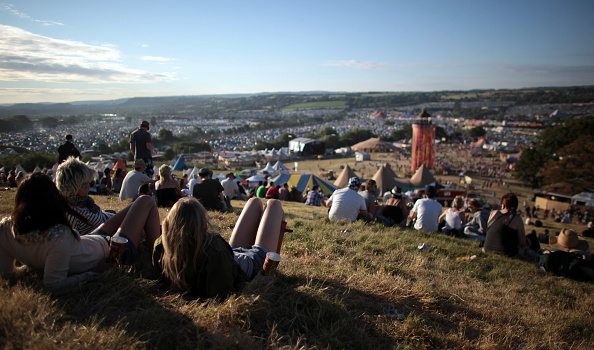 Glastonbury - England「Glastonbury Music Festival: 40th Anniversary - Day 1」:写真・画像(9)[壁紙.com]
