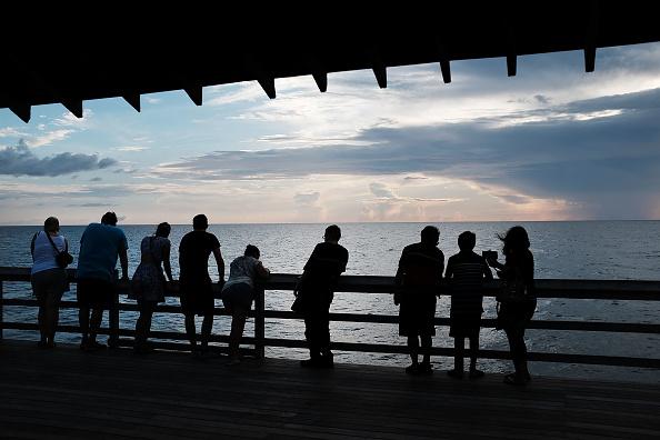 Naples - Florida「Florida Prepares For Major Hit By Hurricane Irma」:写真・画像(9)[壁紙.com]
