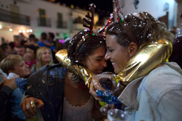 Tradition「New Year's Eve In August」:写真・画像(13)[壁紙.com]