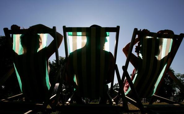 太陽の光「Temperatures Soar During Summer Heatwave」:写真・画像(3)[壁紙.com]