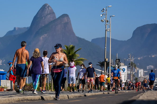 Enjoyment「First Sunday in Rio as The Mayor Has Lifted Most Of The Restrictions Amidst the Coronavirus (COVID - 19) Pandemic」:写真・画像(17)[壁紙.com]