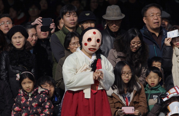 Gyeongbokgung「South Koreans Celebrate Lunar New Year」:写真・画像(1)[壁紙.com]