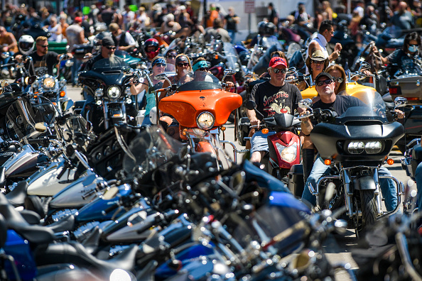 Motorcycle「Annual Sturgis Motorcycle Rally To Be Held Amid Coronavirus Pandemic」:写真・画像(1)[壁紙.com]
