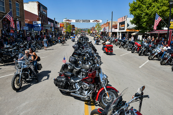 Motorcycle「Annual Sturgis Motorcycle Rally To Be Held Amid Coronavirus Pandemic」:写真・画像(17)[壁紙.com]