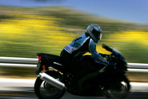 Motorcycle「Wildflowers Bloom On First Day Of Summer After Record Rainy Winter」:写真・画像(11)[壁紙.com]