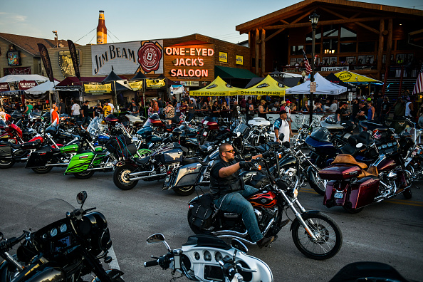 Motorcycle「Annual Sturgis Motorcycle Rally To Be Held Amid Coronavirus Pandemic」:写真・画像(4)[壁紙.com]
