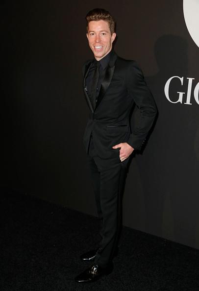 スノーボード「GQ Celebrates The Grammys With Giorgio Armani - Arrivals」:写真・画像(17)[壁紙.com]