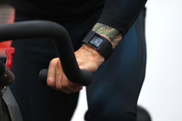 Saul Alvarez「Professional Boxer Miguel Cotto Trains With Fitbit Surge In Preparation For His Fight On Nov. 21 With Canelo Alvarez」:写真・画像(4)[壁紙.com]