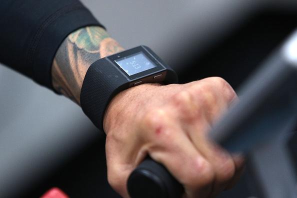 Saul Alvarez「Professional Boxer Miguel Cotto Trains With Fitbit Surge In Preparation For His Fight On Nov. 21 With Canelo Alvarez」:写真・画像(7)[壁紙.com]