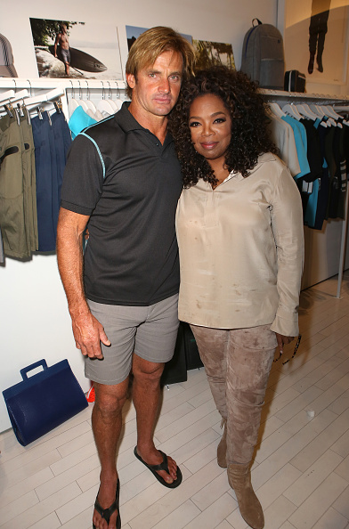 Sandal「Laird Hamilton Launches Laird Apparel At Ron Robinson In Santa Monica, CA On October 22, 2015」:写真・画像(8)[壁紙.com]