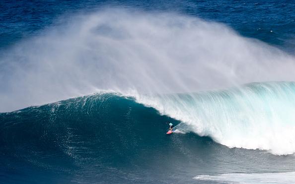 Maui「TAG Heuer And World Surf League Pe' ahi Challenge」:写真・画像(2)[壁紙.com]