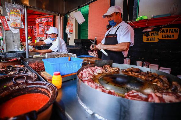 Sharpening「Street Food Business Hit By Coronavirus Effect」:写真・画像(10)[壁紙.com]
