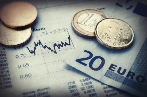 European Union Coin「Euro currency with financial graph, studio shot」:スマホ壁紙(17)