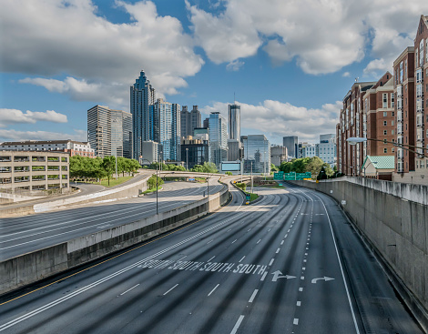 Highway「Atlanta Empty Highway During COVID-19」:スマホ壁紙(2)