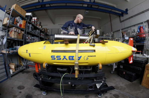 水中写真「Ocean Researchers Prepare For Possible MH370 Flight Search」:写真・画像(10)[壁紙.com]